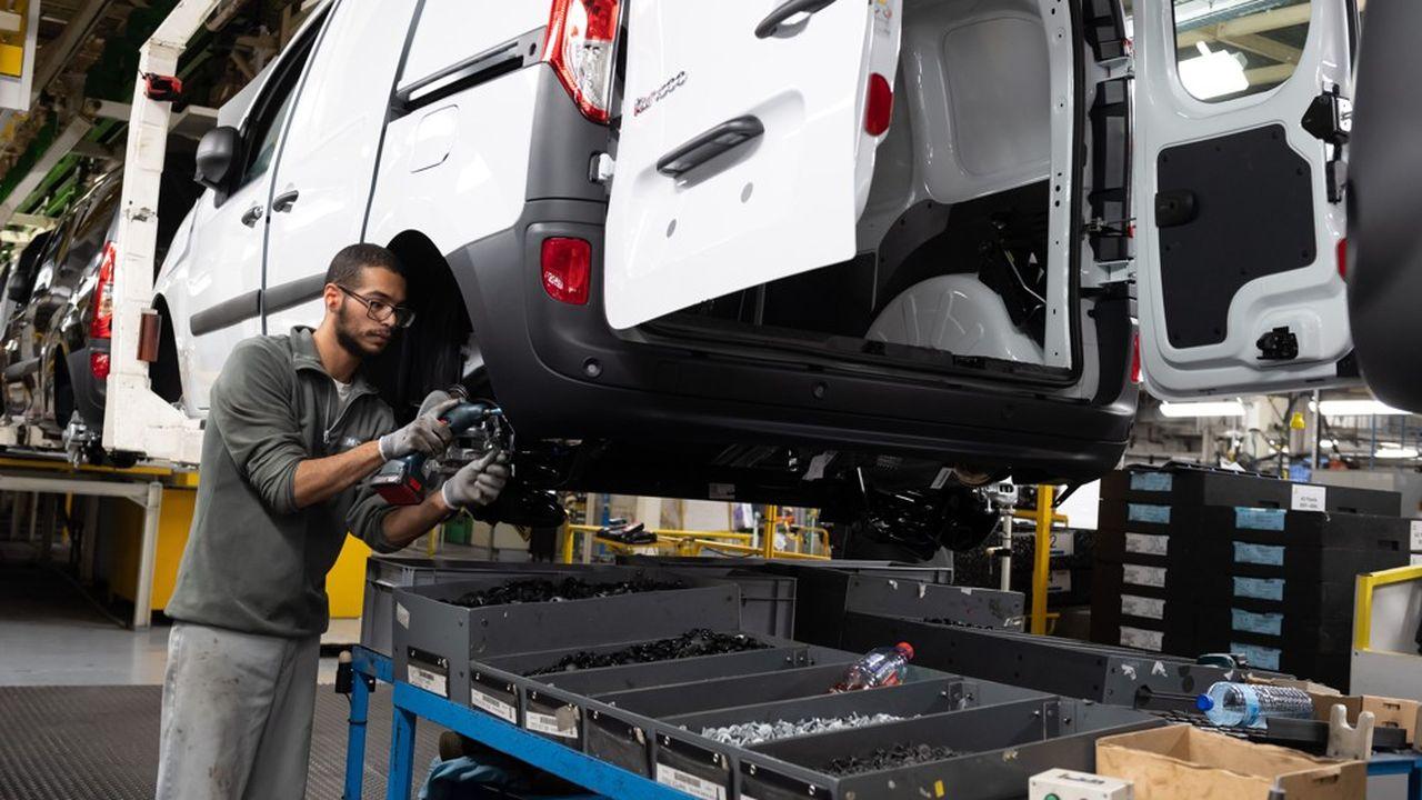 Tous les secteurs sont plus optimistes qu'en octobre à l'exception de celui du matériel de transports, dont l'automobile.