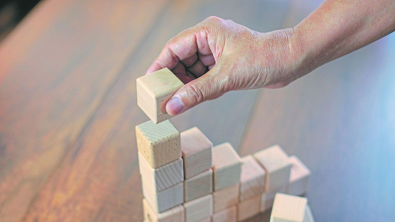 Au-delà des risques de dommages, une importante menace pèse sur beaucoup de sociétés dont les business models pourraient être balayés à un horizon de dix ou vingt ans.