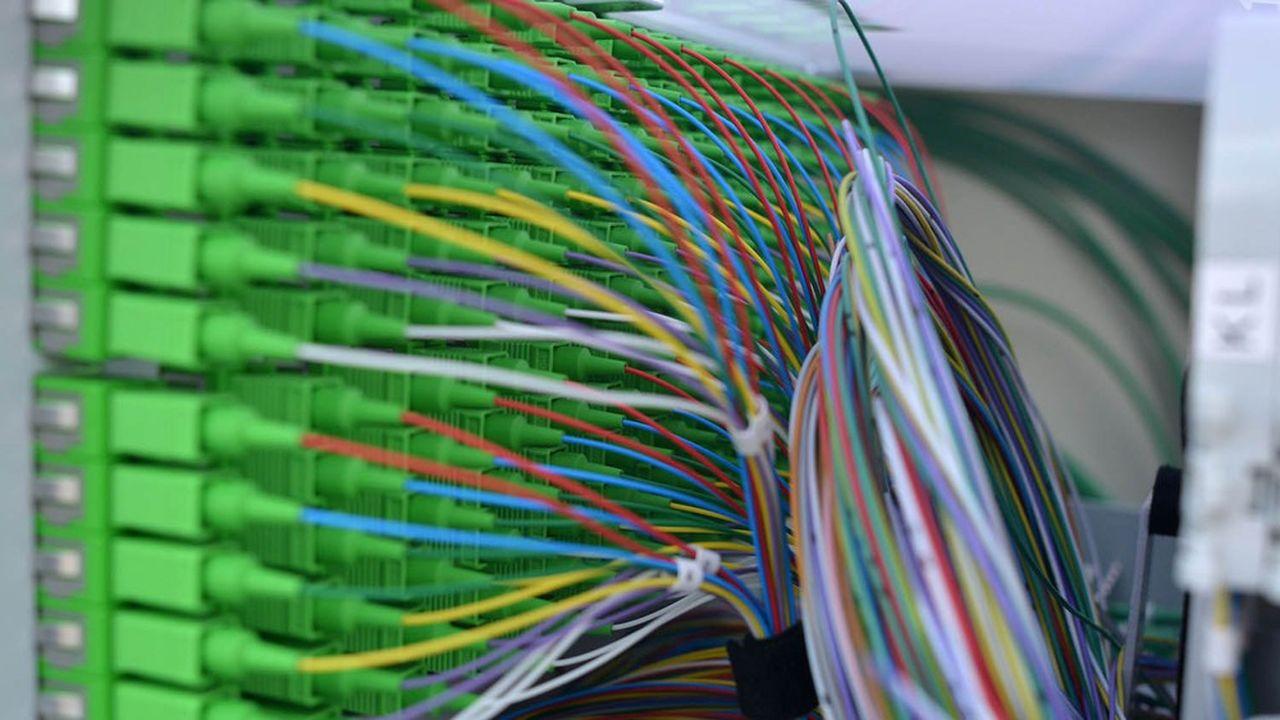 Orange et SFR dominent le marché des télécoms d'entreprises.
