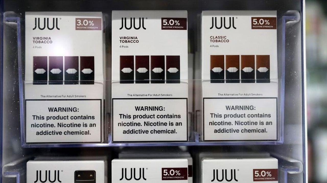 Fin novembre, Juul a annoncé la suppression de 650 emplois sur les 4.051 que compte l'entreprise, tout en confirmant le gel les embauches.