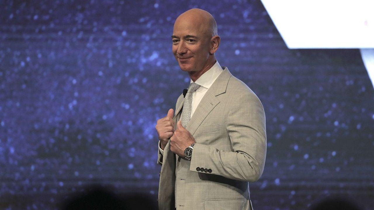 Jeff Bezos, l'homme le plus riche du monde, peut afficher une mine réjouie : le groupe qu'il a fondé affiche des résultats records et lui permet de mener à bien tous ses projets.