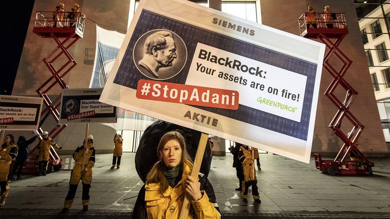 Le geste de BlackRock n'a pas calmé les critiques des ONG pro- environnement.