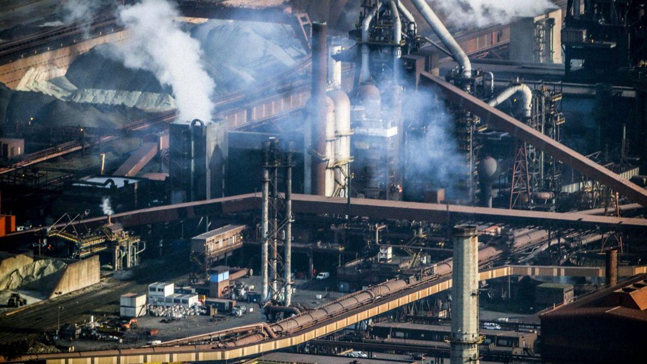 L'idée est de se concentrer sur les sites et les filières les plus polluantes - chimie matériaux, mines et métallurgie, industries pour la construction, agroalimentaire, qui représentent 80% des émissions industrielles.