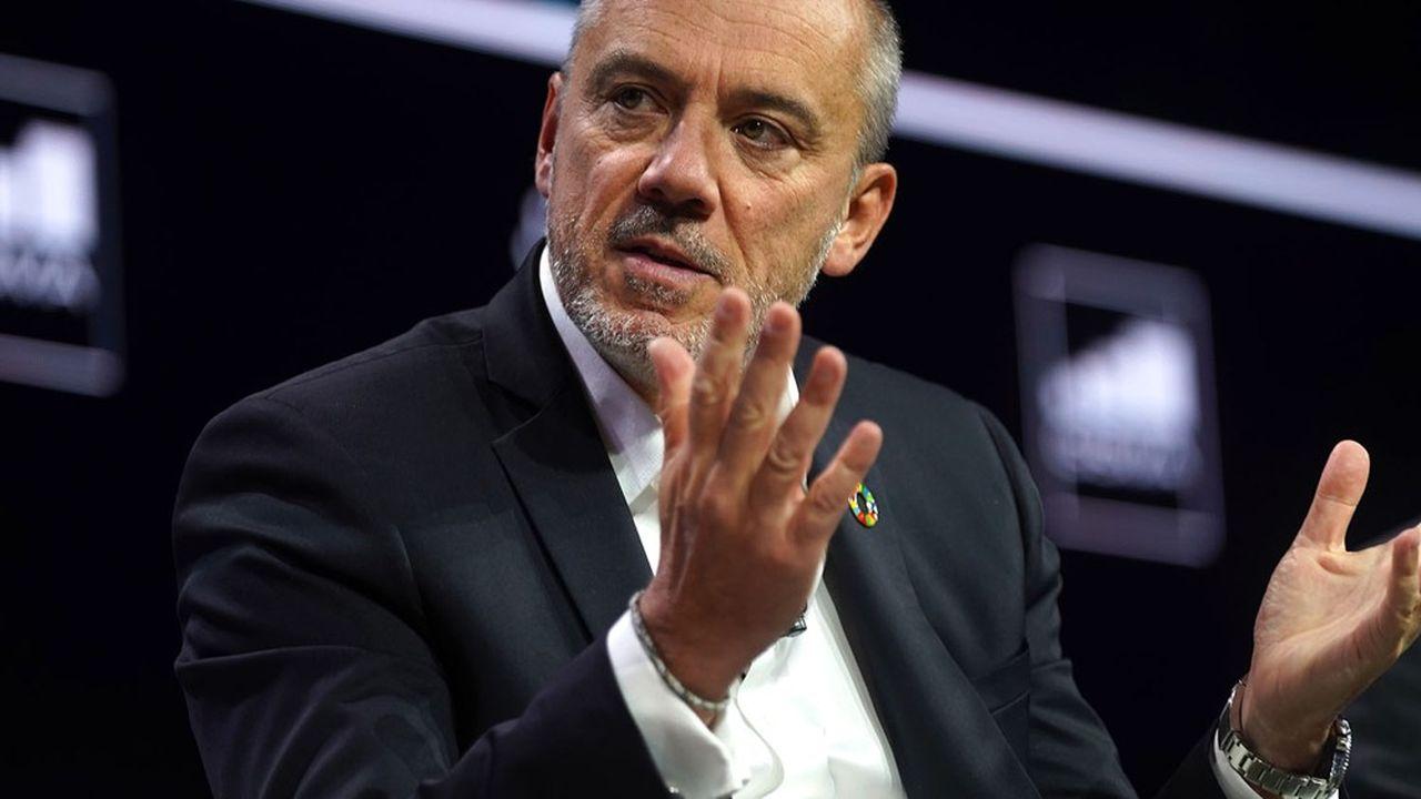 Le patron d'Orange, Stéphane Richard, a annoncé fin novembre de premières cessions partielles d'actifs réseaux, sans convaincre les investisseurs.