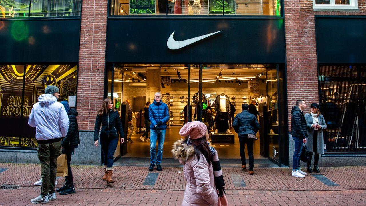 Une meilleure imposition des multinationales numérisées comme Nike, Starbuck, Adidas mais aussi les Gafa rapporterait chaque année 100milliards de dollars de taxes supplémentaires selon l'OCDE.