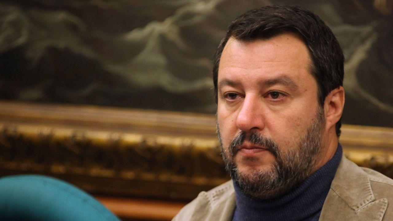 «Je n'irai pas dans cette salle de tribunal pour me défendre, j'irai pour revendiquer avec orgueil ce que j'ai fait», a déclaré Matteo Salvini devant la chambre haute du Parlement italien.