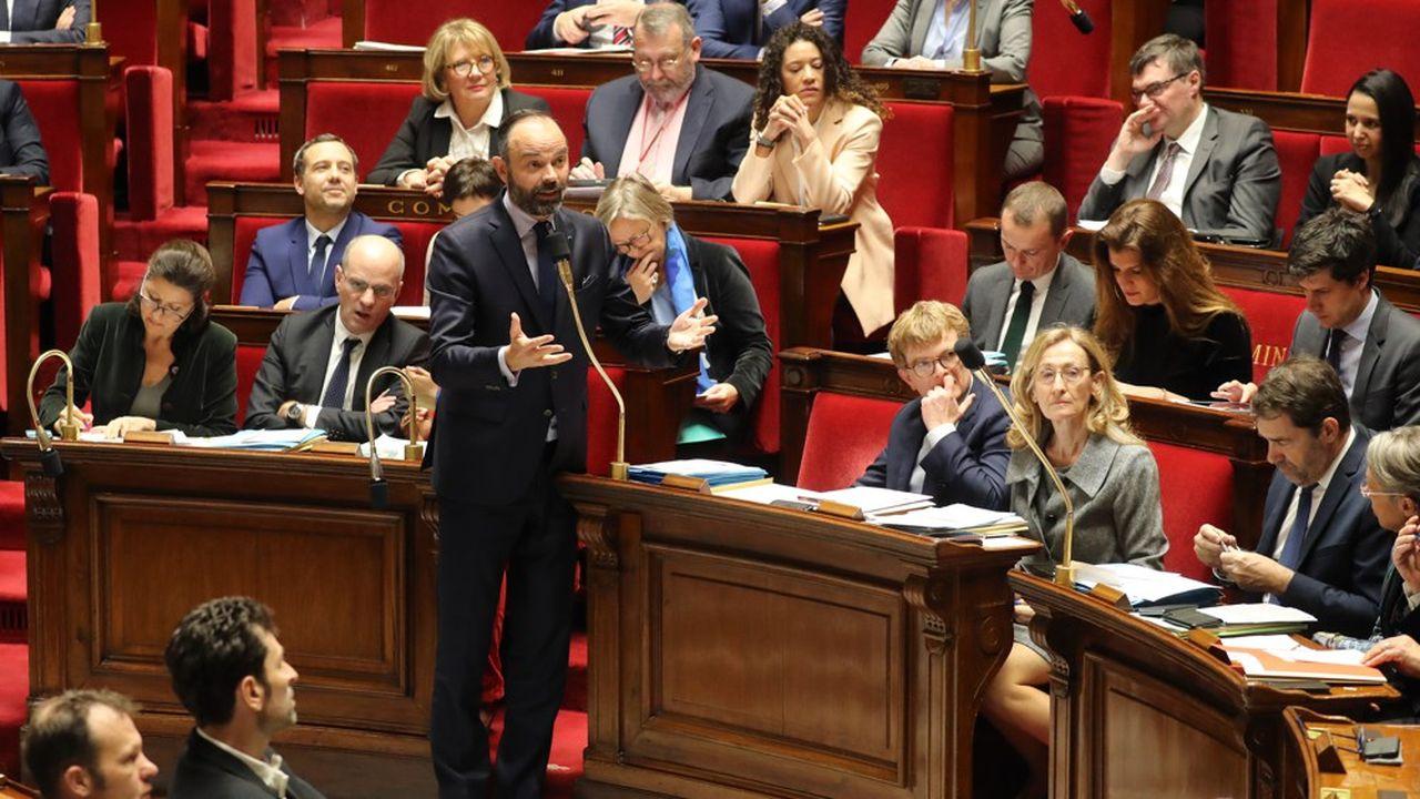 Le projet de loi réformant les retraites arrive ce lundi en séance plénière à l'Assemblée nationale, dans un contexte tendu pour la majorité