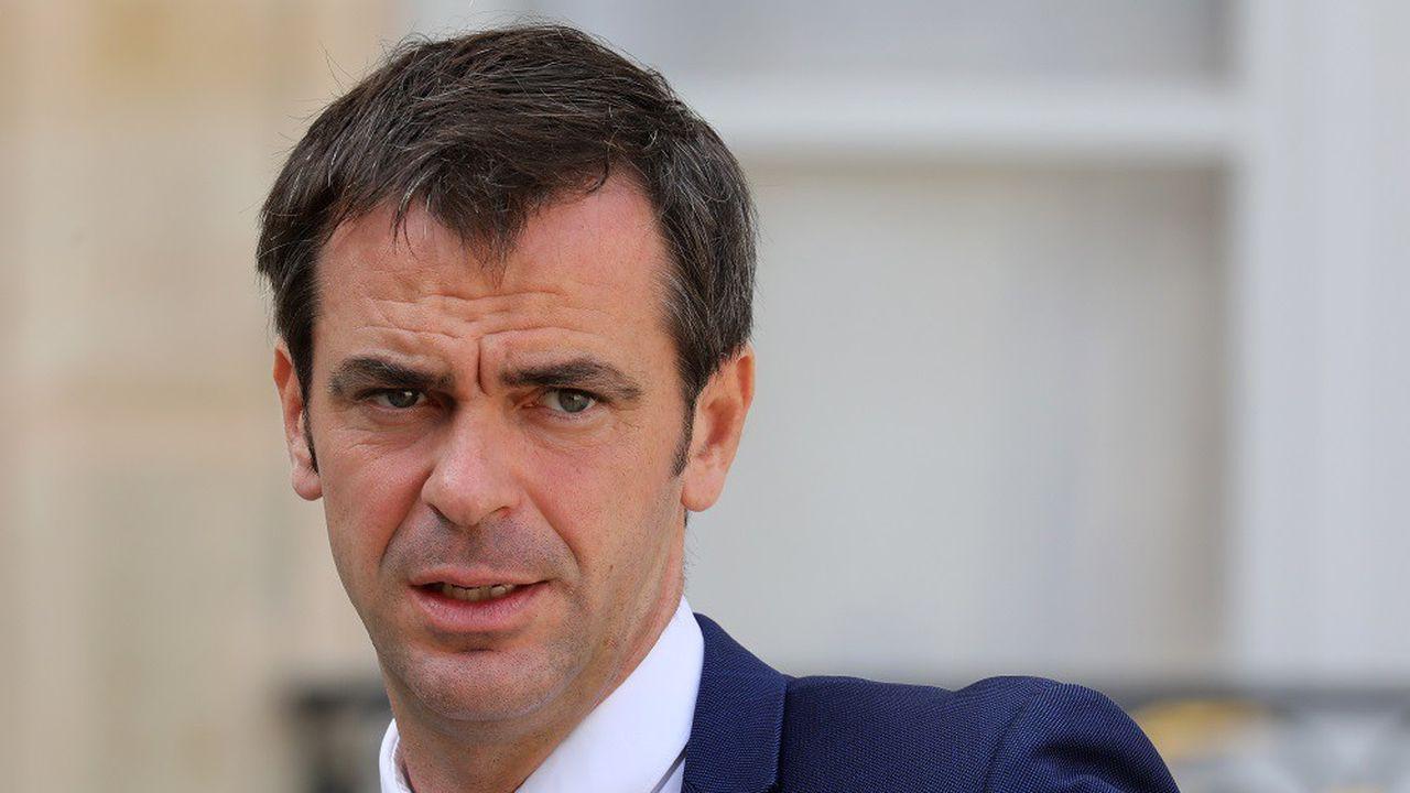 Olivier Véran a officiellement remplacé Agnès Buzyn au ministère de la Santé.