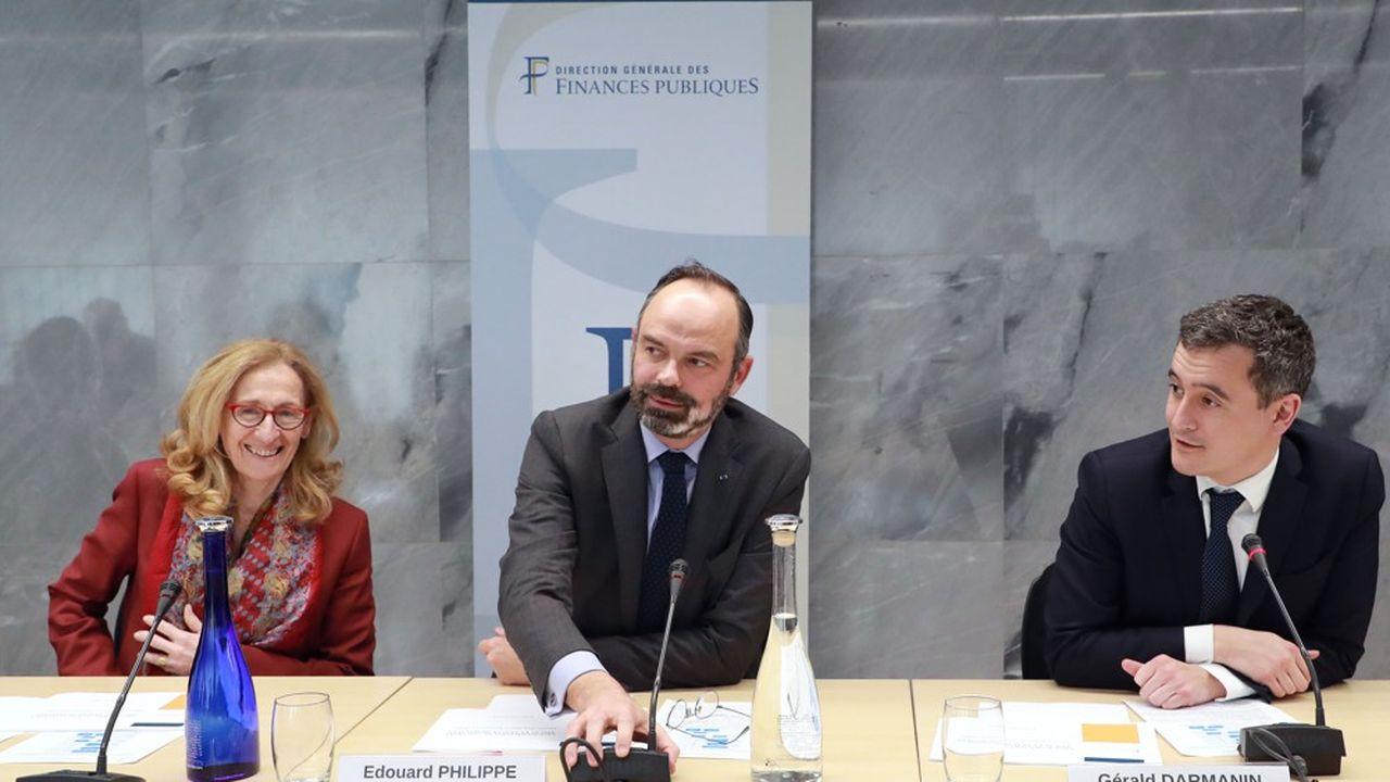 Le Premier ministre Edouard Philippe, flanqué de Nicole Belloubet (Justice) et de Gérald Darmanin (Action et Comptes publics) s'est félicité de voir les premiers effets de la politique contre la fraude fiscale du gouvernement.