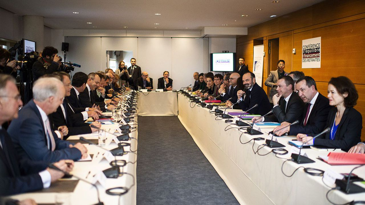 La conférence de financement du système de retraite, mise sur pied le 30janvier, débute les travaux pratiques ce mardi.
