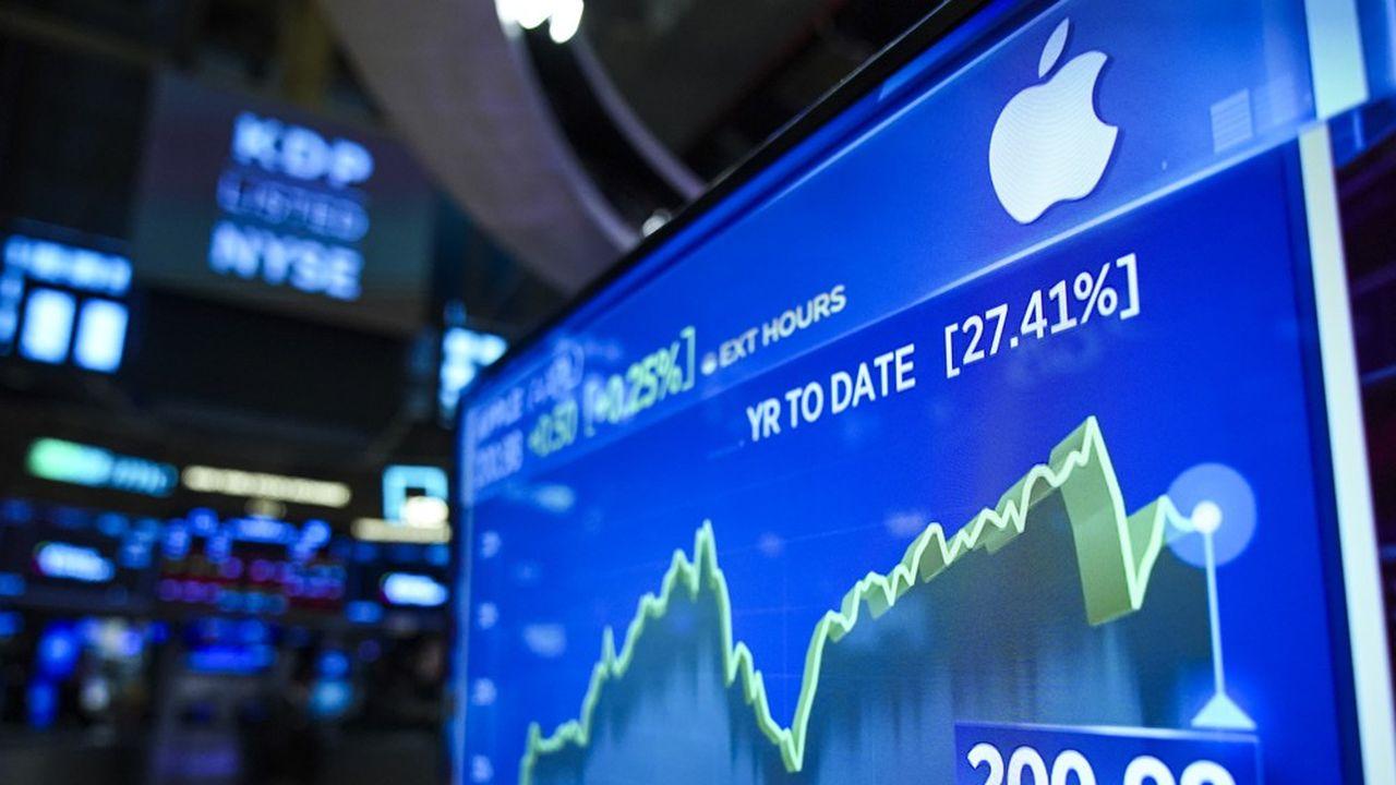 Apple a averti lundi soir qu'il n'atteindrait pas ses prévisions de chiffre d'affaires au premier trimestre. L'épidémie de coronavirus affecte à la fois la production de l'iPhone et la demande pour les produits Apple.