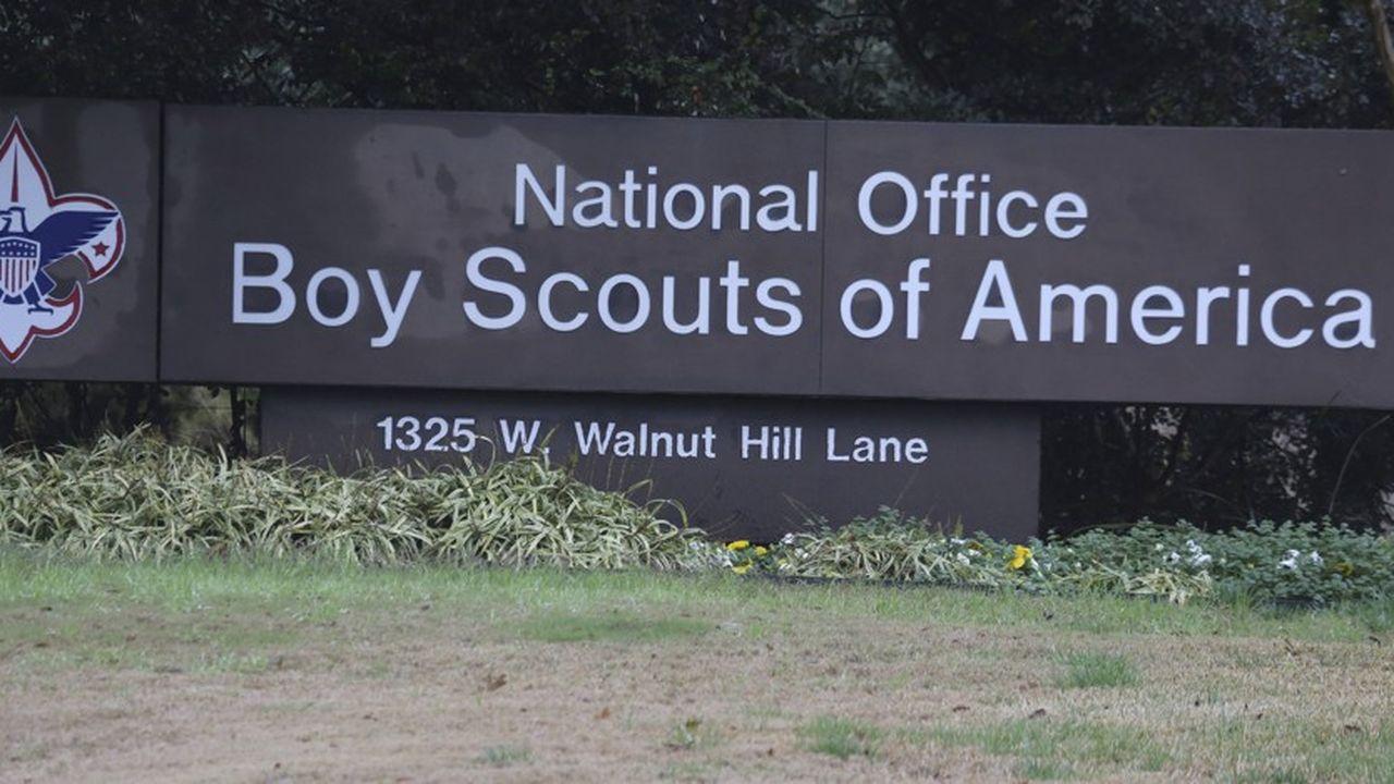 5.000 «dossiers de la perversion», correspondant à autant d'agresseurs sexuels présumés parmi les chefs scouts, auraient été comptabilisés.