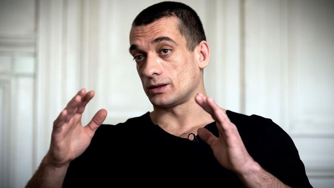 L'artiste russe Piotr Pavlenski a été mis en examen à son tour ce mardi.