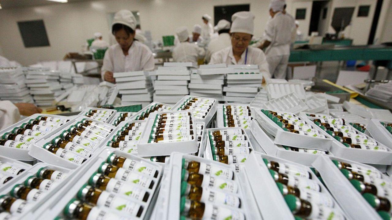 Tous les grands industriels de la pharmacie font fabriquer certains de leurs médicaments en Chine et s'y fournissent également pour leur matière première, notamment les fameux principes actifs