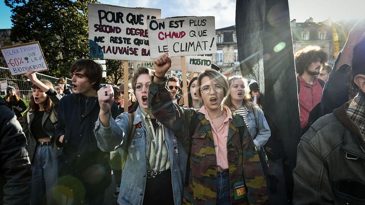 Les moins de 35 ans - étudiants et jeunes adultes, sensibles aux questions environnementales - sont un électorat déterminant pour les écologistes. (Ici lors d'une manifestation pour le climat à Bordeaux)