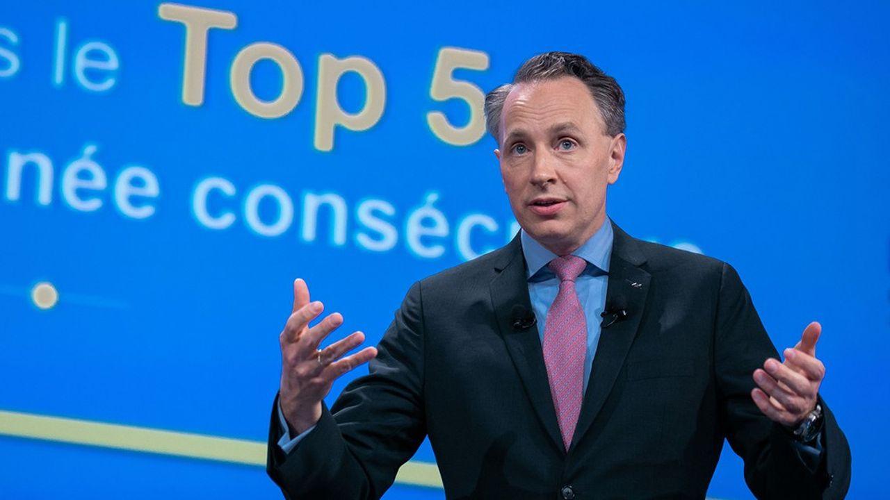 Le groupe dirigé par Thomas Buberl a enregistré en 2019 un résultat opérationnel en hausse de 4%, à 6,45milliards d'euros.