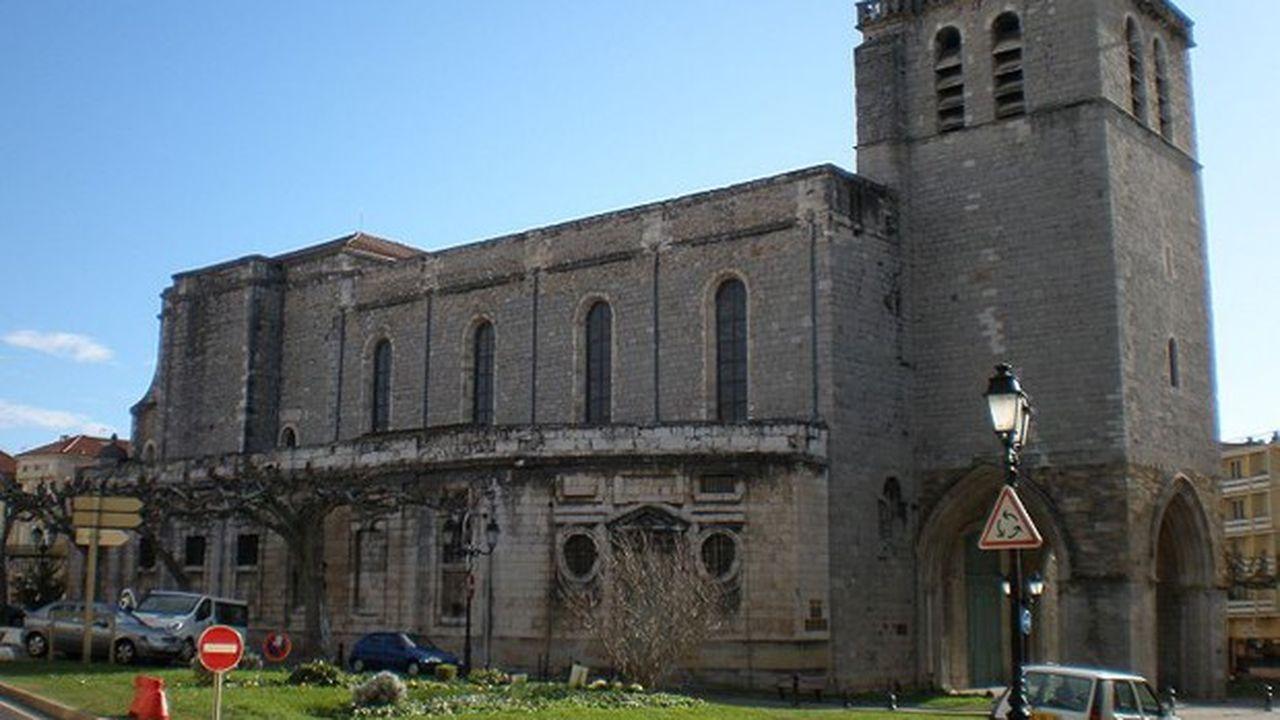 Avant cette restauration intérieure, d'importants travaux avaient été réalisés à l'extérieur.