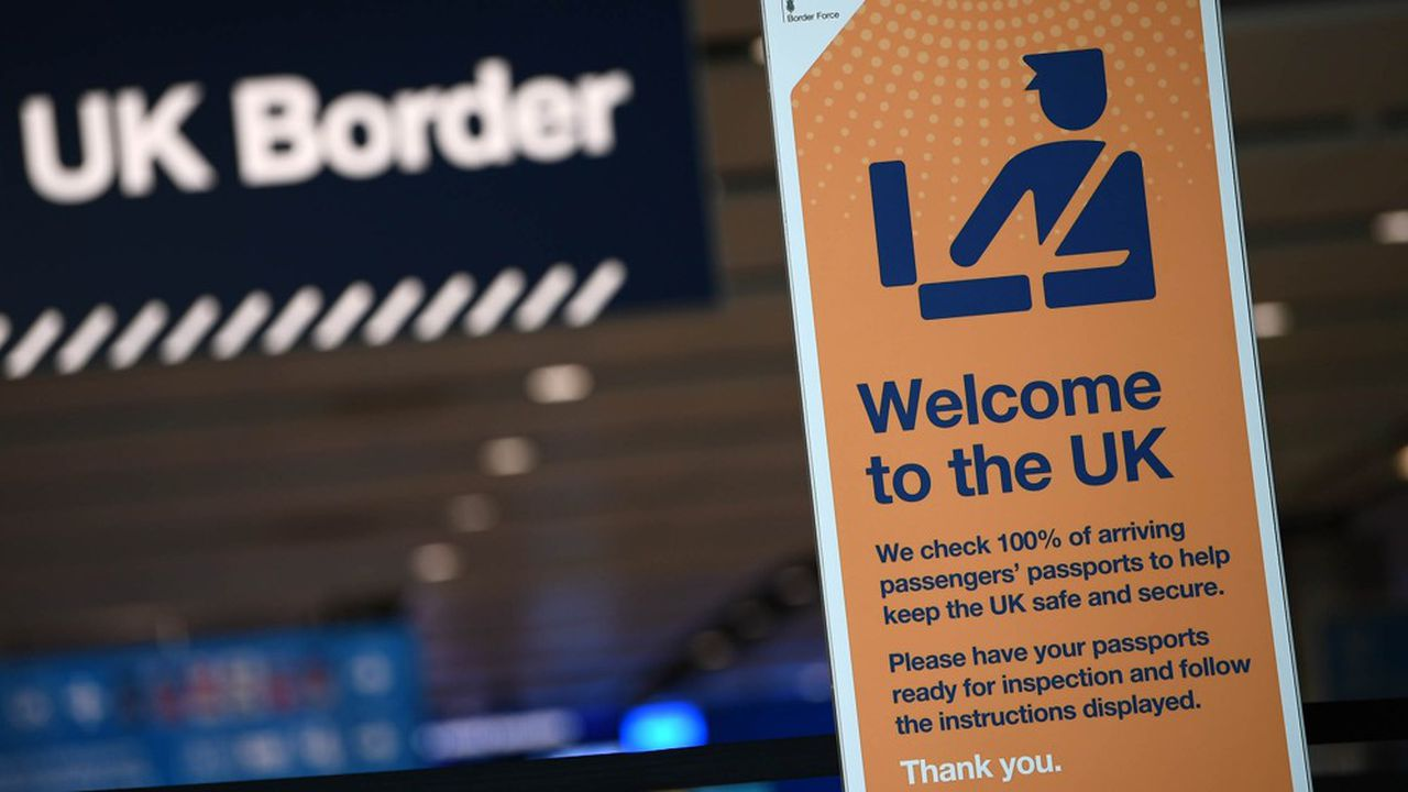 Boris Johnson et sa secrétaire d'Etat à l'Intérieur, Priti Patel, ont défendu cette semaine leur projet visant à fermer les frontières du Royaume-Uni aux travailleurs peu qualifiés venus de l'Union européenne.