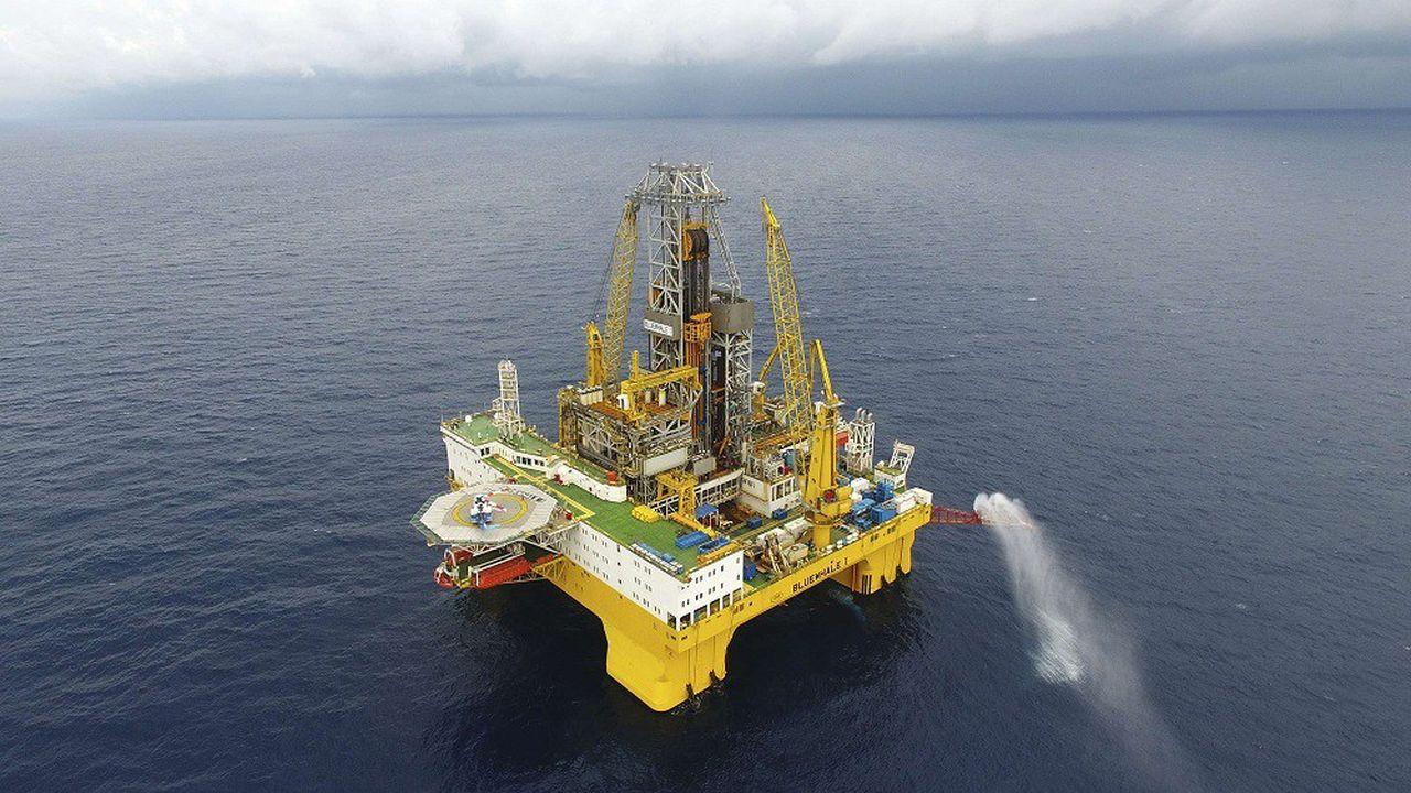 Le gouvernement français a annoncé avoir mis fin définitivement aux forages pétroliers maritimes.
