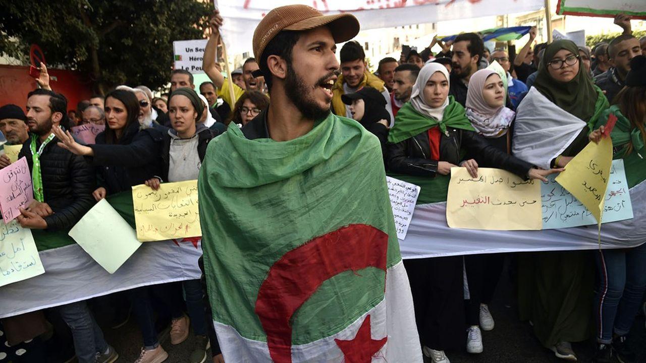 Les contestataires restent mobilisés en Algérie