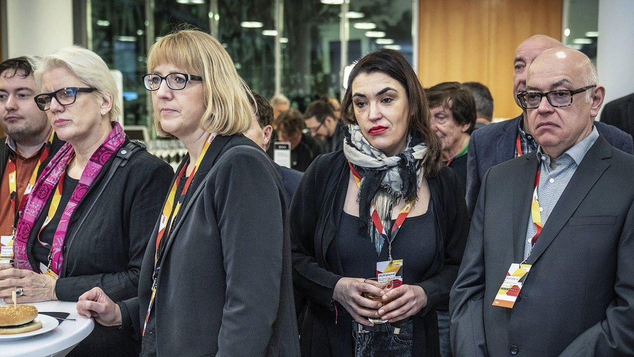 Des supporters du CDU, après l'annonce de la défaite du parti.