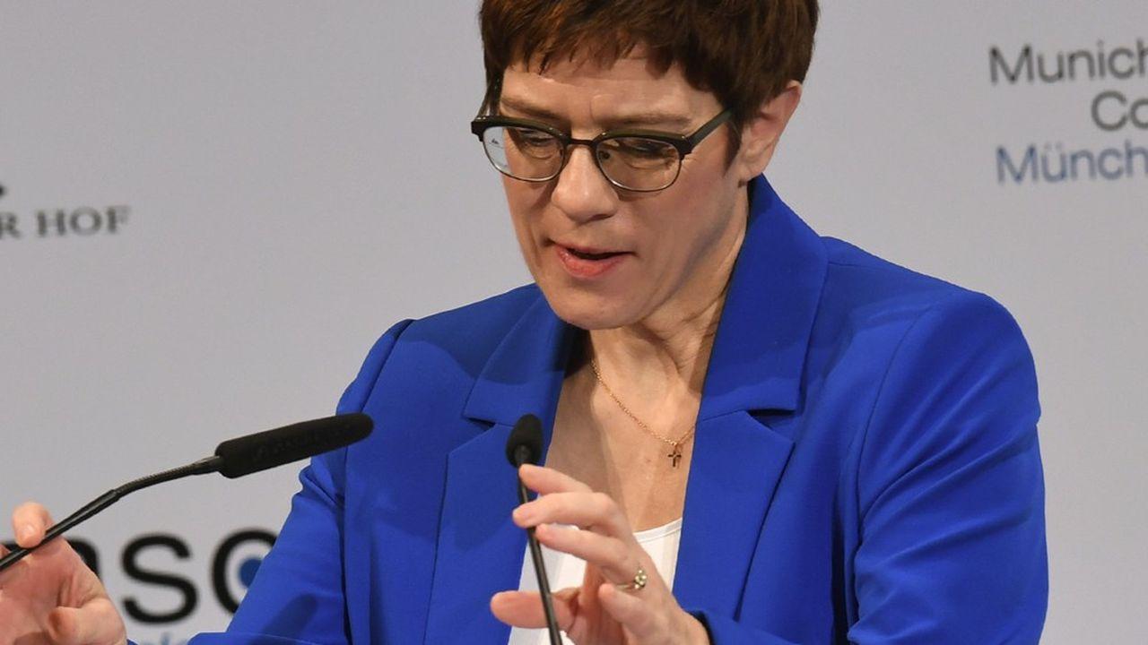 Annegret Kramp-Karrenbauer doit présenter ce lundi les prétendants à sa succession à la présidence de la CDU et évoquer le calendrier de ce processus.
