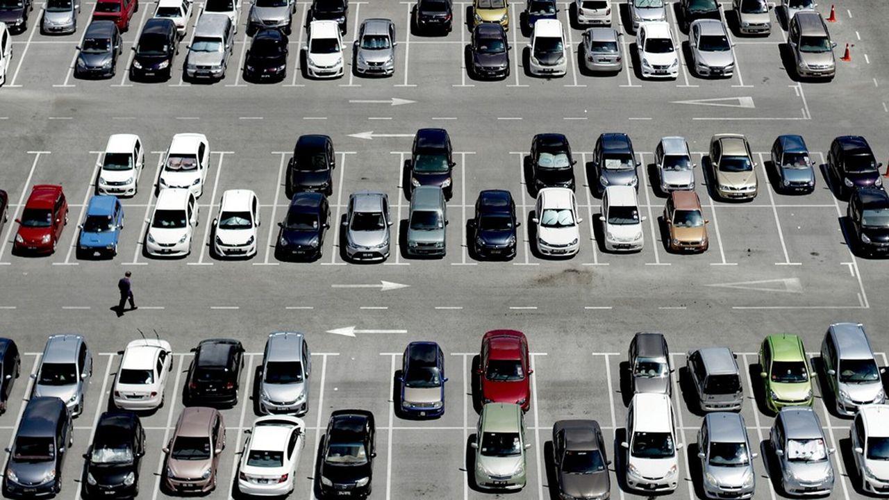 Les trois équipementiers tricolores tablent sur une baisse de la production auto mondiale de 2 à 3%, hors effet du coronavirus.