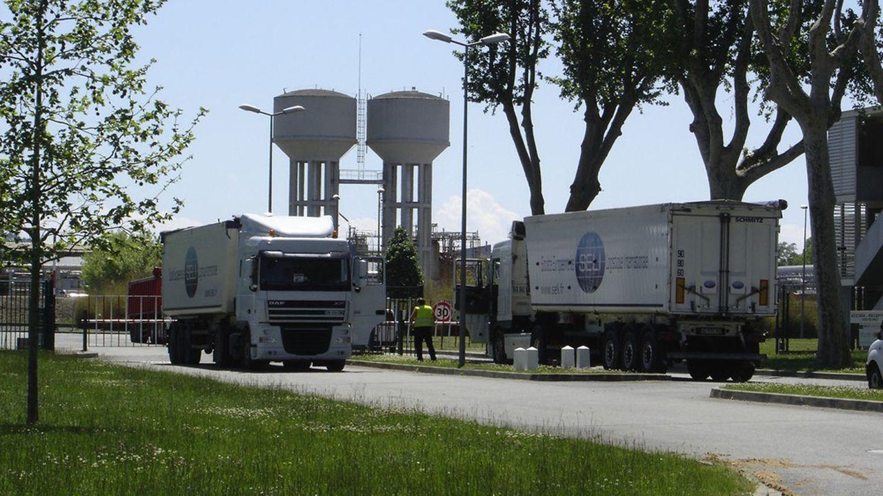 Logifi-Seli ne possède pas de camion hormis une centaine de remorques.