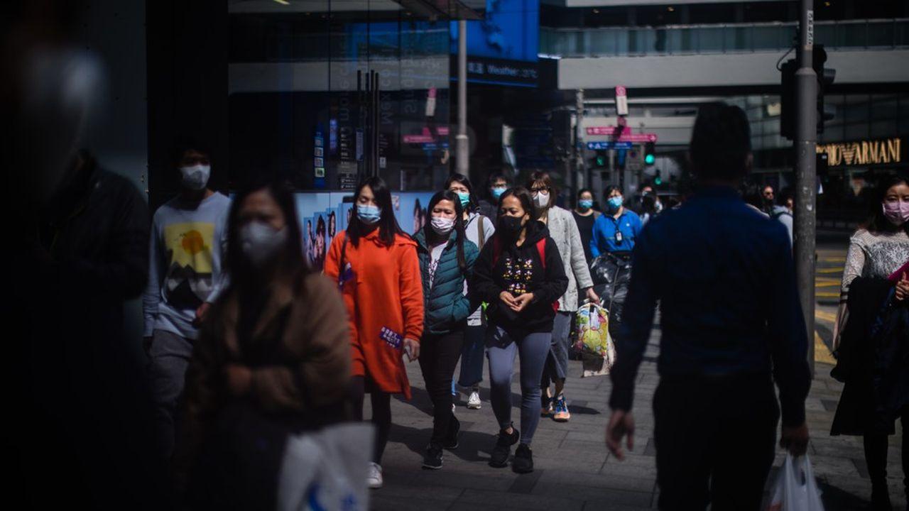 Le coronavirus suscite un regain de volatilité sur les changes et affaiblit l'euro