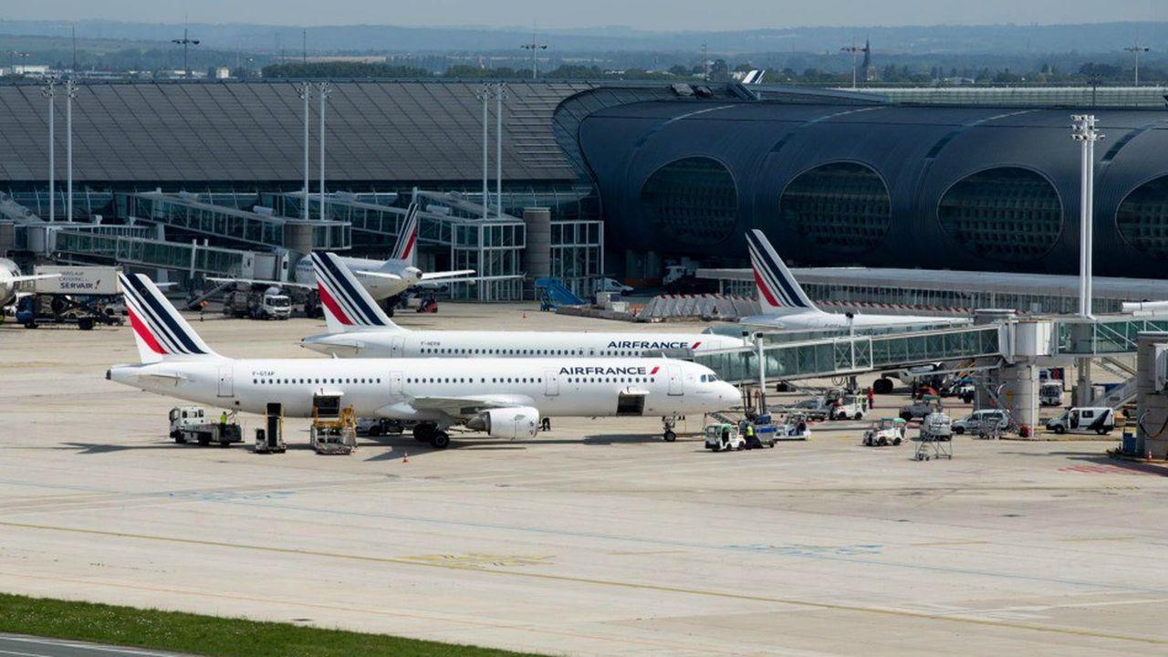 Air France-KLM affichait l'une des plus fortes baisses ce lundi matin à la Bourse de Paris.