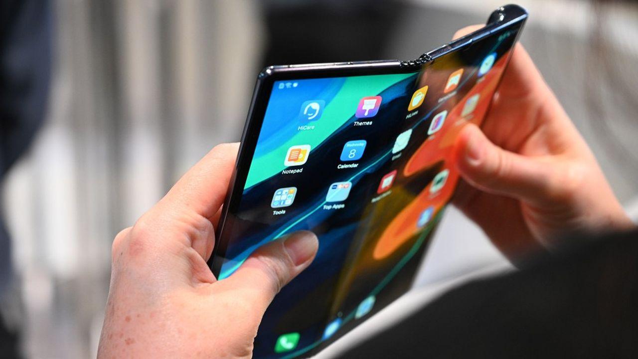 Huawei a lancé ce lundi à Barcelone son nouveau smartphone 5G pliable, le Huawei Mate Xs.