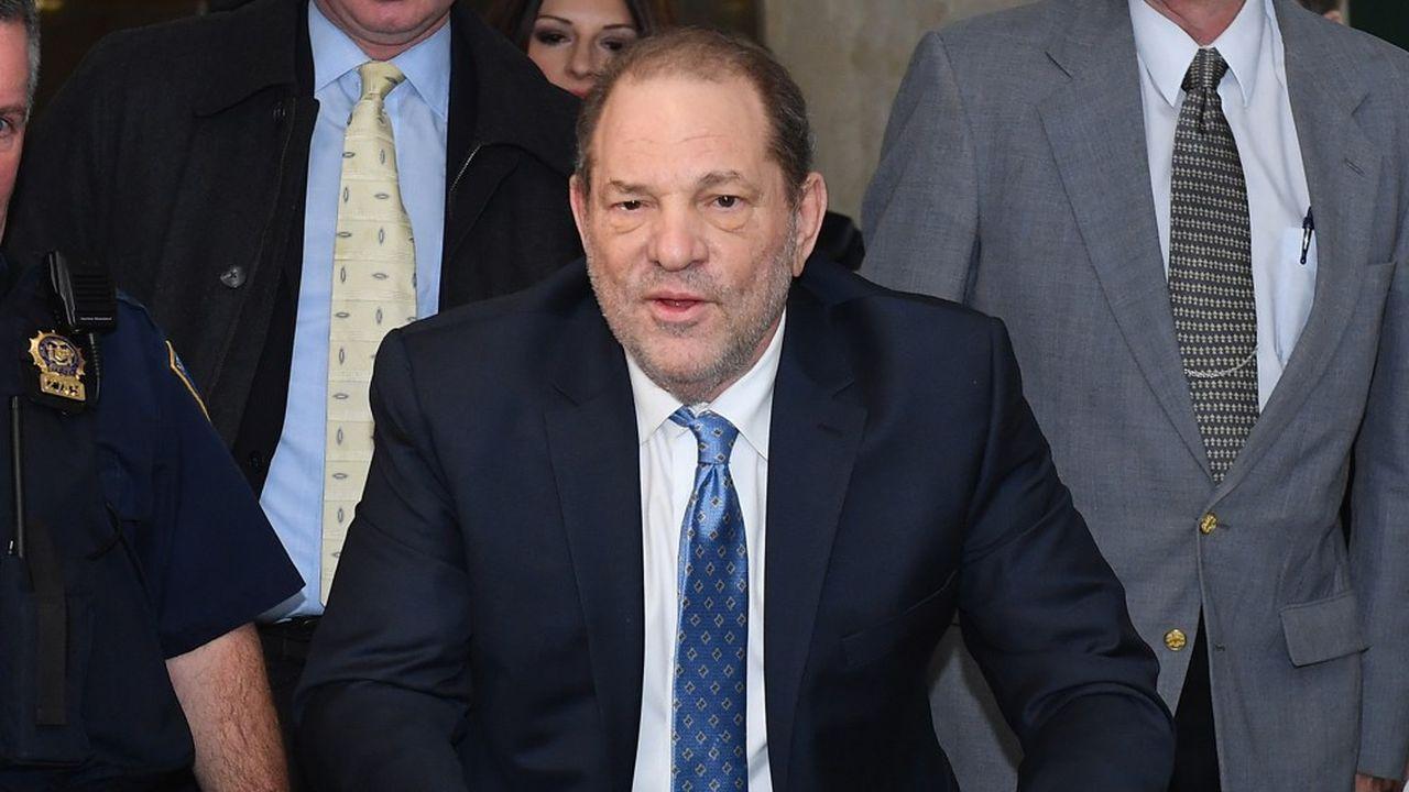 La peine d'Harvey Weinsteinsera déterminée ultérieurement par le juge James Burke, qui a présidé aux débats.