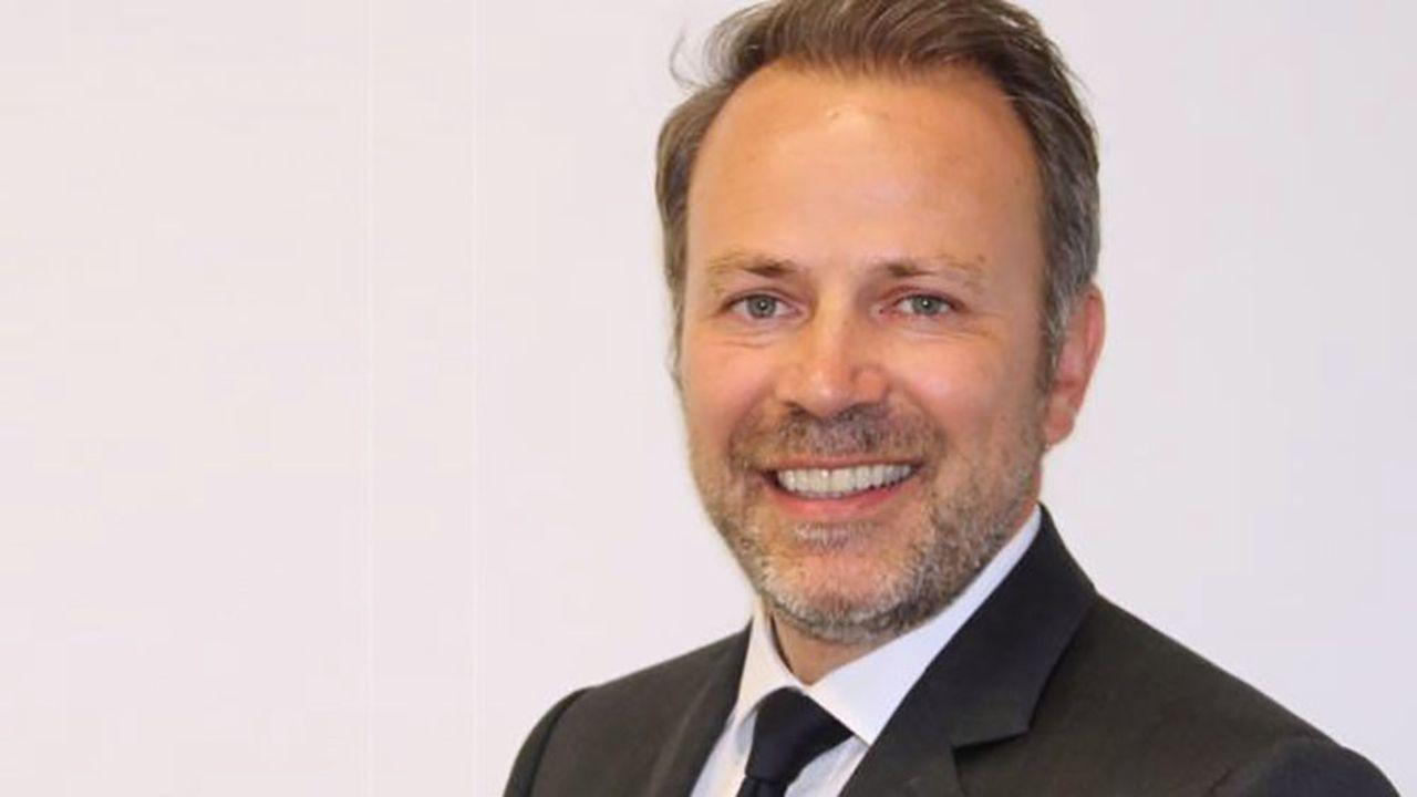 Bank of America a annoncé la nomination de Stéphane Courbon à la tête de sa banque de financement et d'investissement à Paris, après le départ de Bernard Mourad.