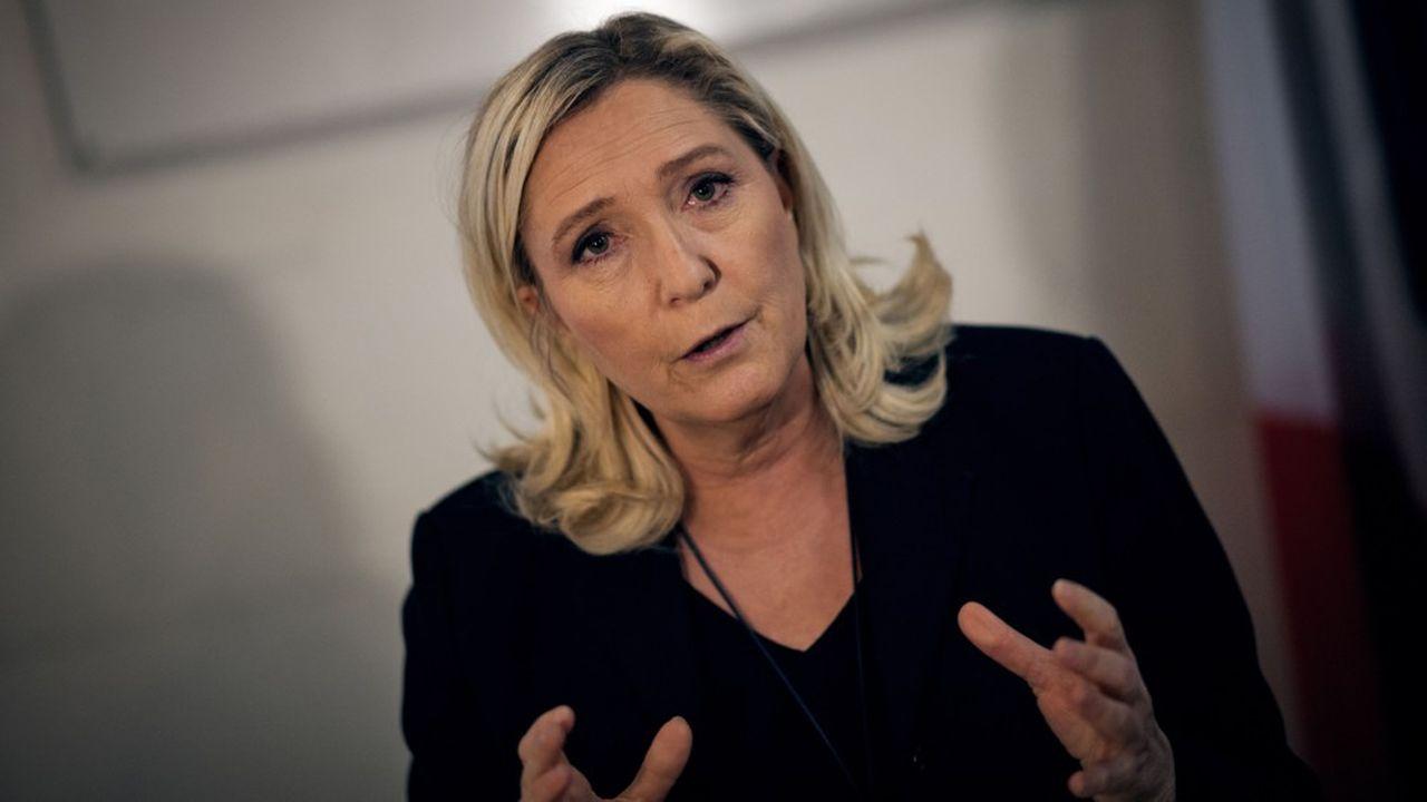 La présidente du Rassemblement national a multiplié ces dernières semaines les déplacements dans les municipalités de France où les candidats soutenus par le parti sont bien placés dans les élections de mars prochain.