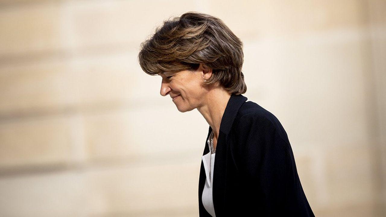 Isabelle Kochera accepté de quitter ses fonctions dès lundi, avant la fin de son mandat prévue en mai, démissionnant par la même occasion de son mandat d'administratrice.