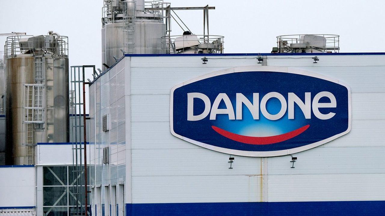 Danone emploie environ 8 200 personnes en Chine et opère 8 sites de production: 7 pour les Eaux (dont une à Wuhan) et 1 en Nutrition Médicale.