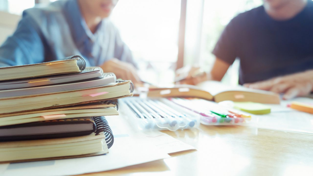 10577_1514976622_soutien-scolaire-job-etudes.jpg