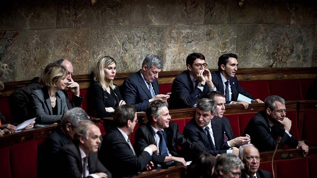 7294_1486566263_femmes-politique-autocensure.jpg
