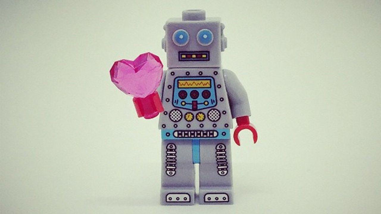 7300_1486574247_chatbots.jpg