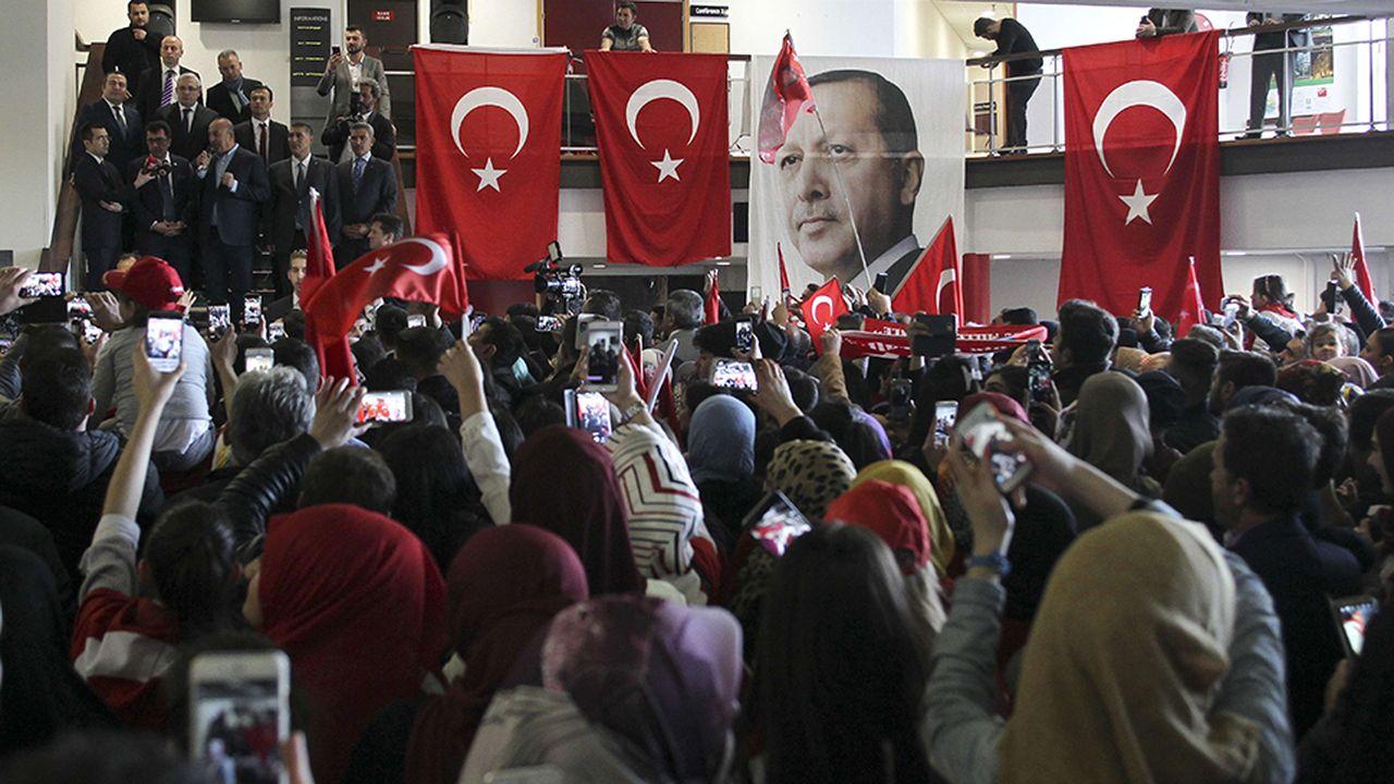 8038_1492532427_turquie-erdogan-metz.jpg