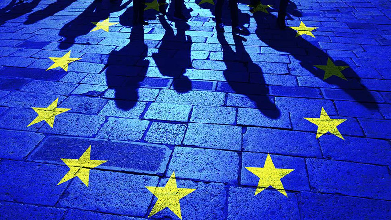 8980_1500908304_europe-drapeau.jpg