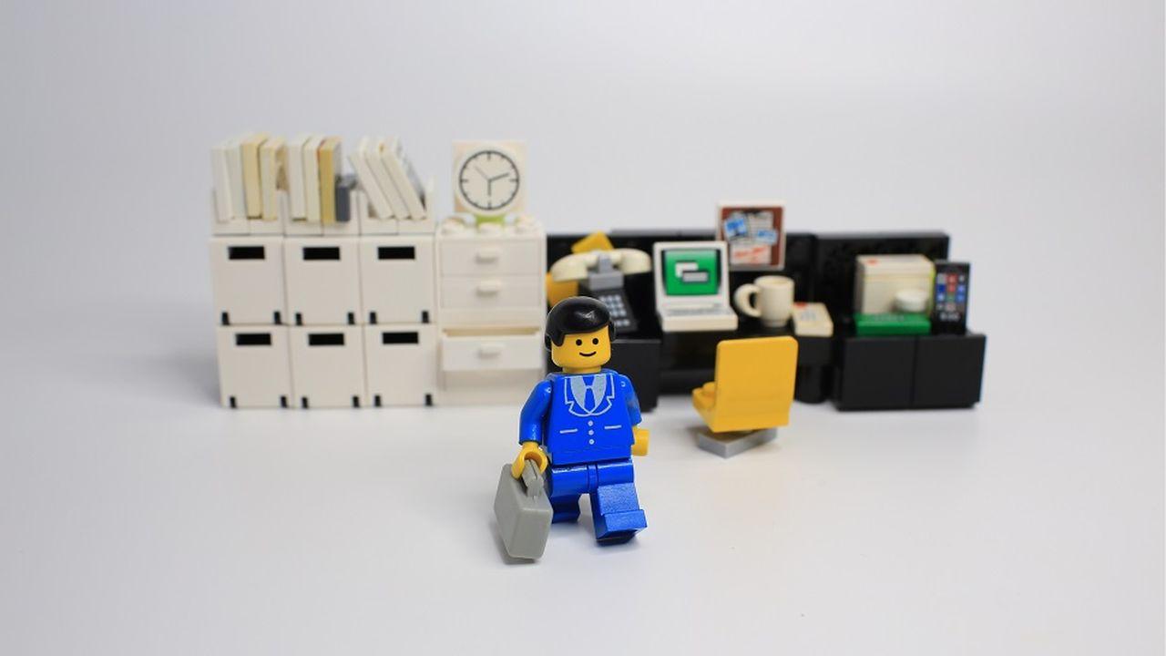9117_1502204376_lego-demission.jpg