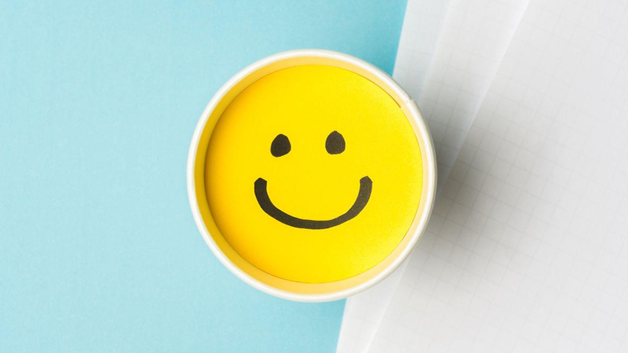 9265_1503667810_smiley-happy-work.jpg