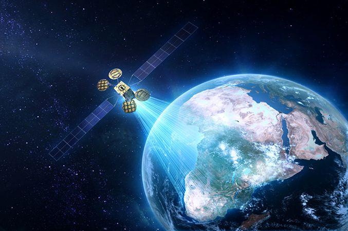 Facebook et Eutelsat utiliseront le satellite Amos-6 pour déployer Internet en Afrique dès 2016.