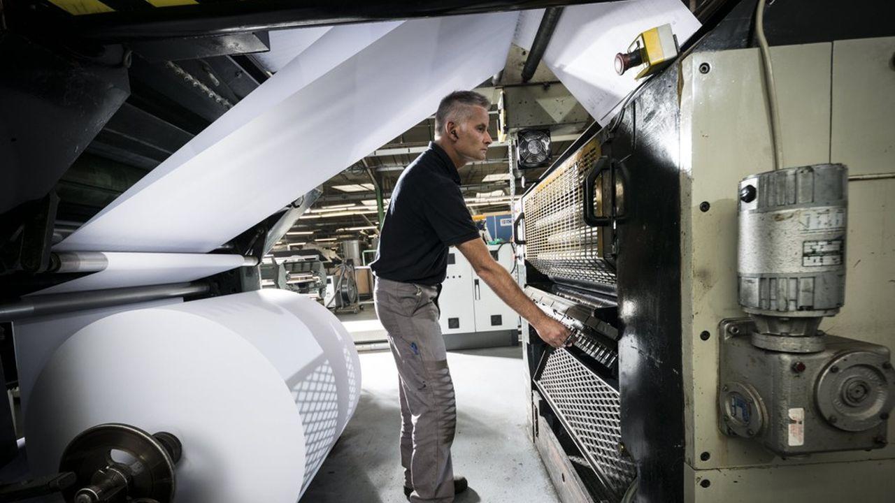 En France, l'imprimerie se réduit à peau de chagrin, avec 105 unités en moins depuis 2009.