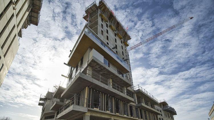 La tour Hypérion, en chantier, construite par Eiffage dans le nouveau quartier Euratlantique.