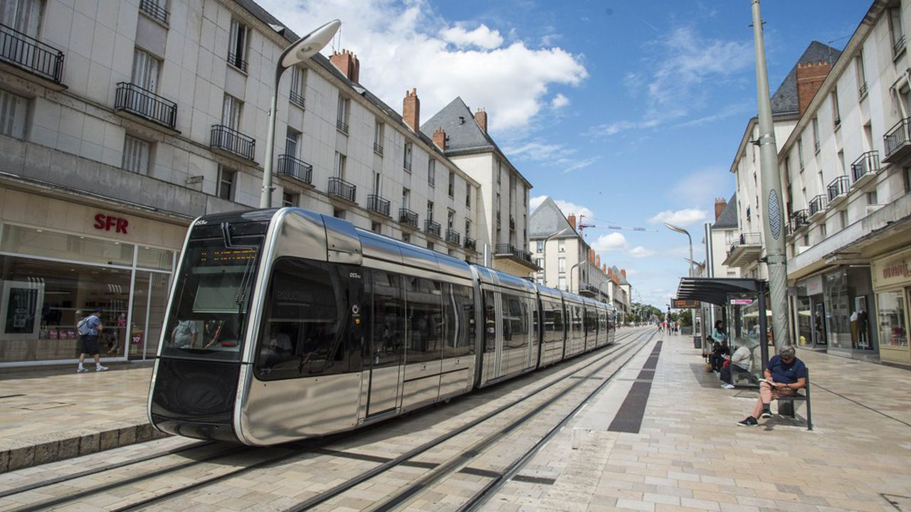 Tramway de Tours mis en service en 2013.