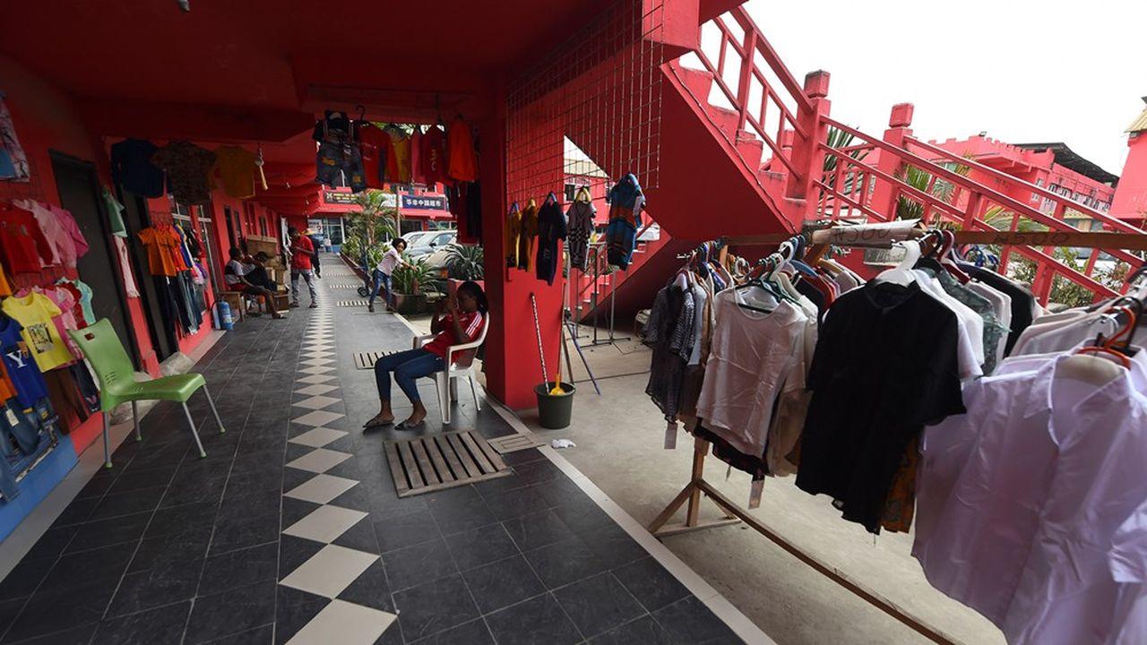 Un Italien revenu de Milan est hospitalisé à Lagos, mégalopole économique de 20millions d'habitants.