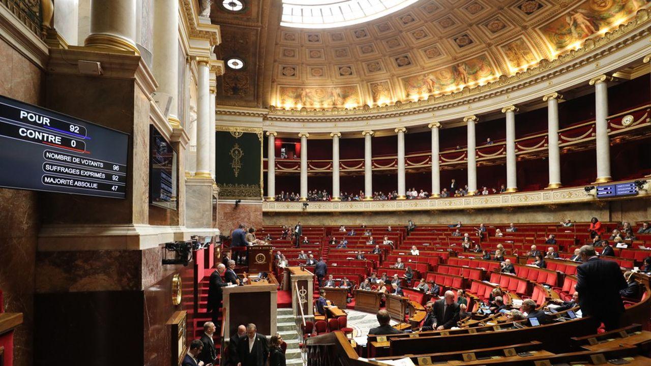 Les différents orateurs ont regretté samedi que le gouvernement ait recours à une ordonnance pour encadrer le régime spécial des marins.