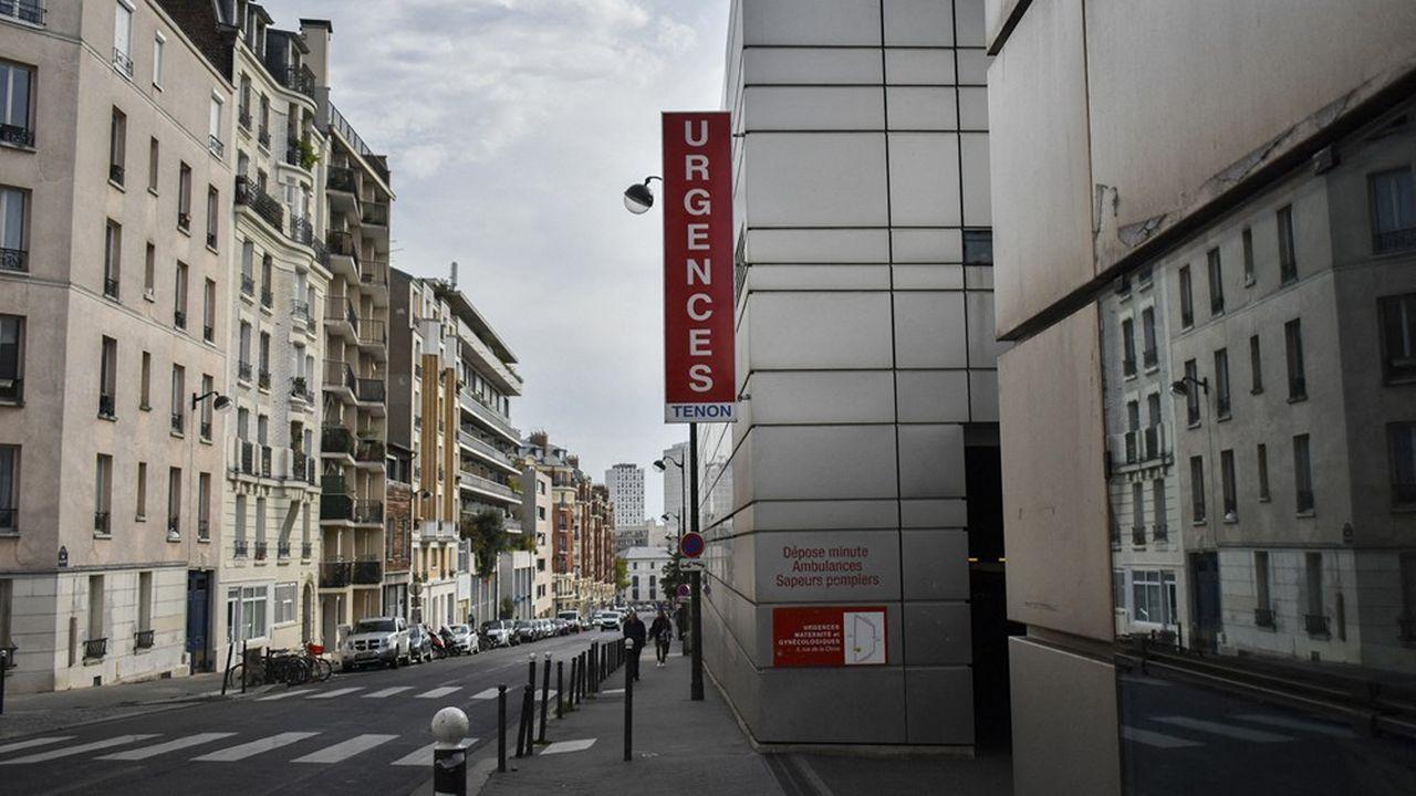 L'hôpital Tenon à Paris, qui a renvoyé en «quatorzaine» à leur domicile 56salariés, pourrait les rappeler pour faire face à l'épidémie de coronavirus.